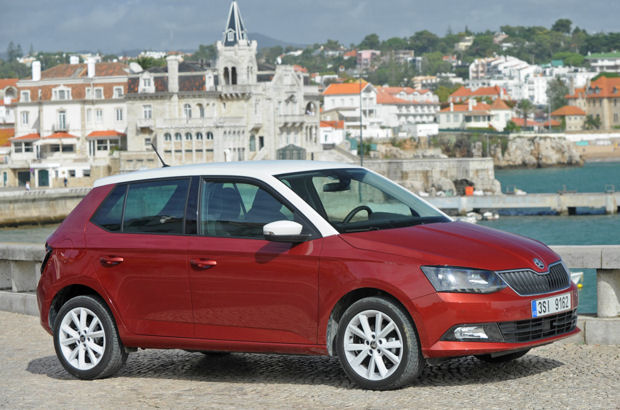 autotest der skoda fabia ist erwachsen geworden. Black Bedroom Furniture Sets. Home Design Ideas