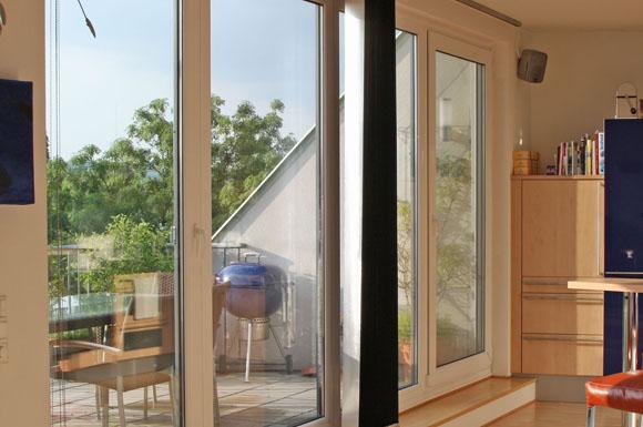 beschlagene fenster fensterheizung einbauen kondenswasser und schimmel verhindern. Black Bedroom Furniture Sets. Home Design Ideas