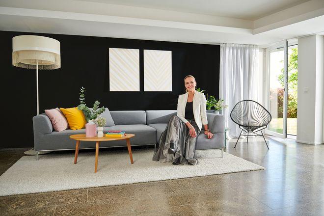 In ihrem jüngsten Mitmachprojekt greift Brenner den aktuellen Trendfarbton Schwarz auf.