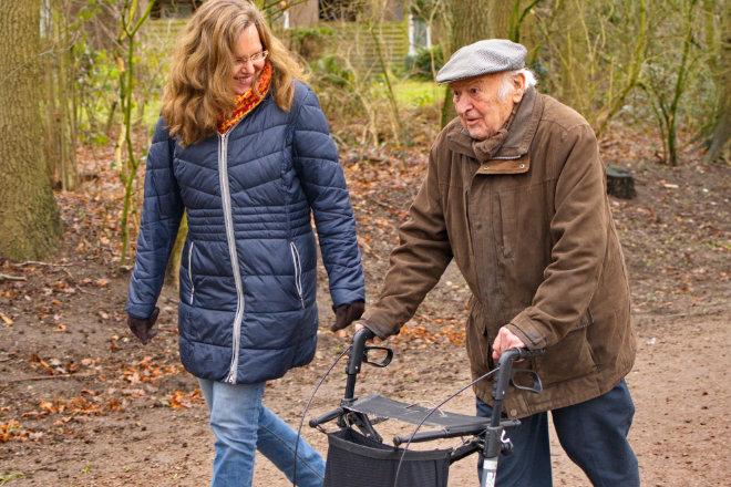 Sowohl die Senioren selbst als auch ihre Angehörigen legen größten Wert auf Professionalität, Vertrauenswürdigkeit und Zuverlässigkeit, wenn es um persönliche Unterstützung geht.