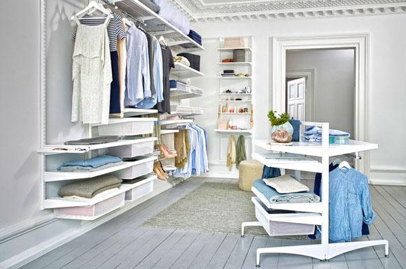 Begehbarer kleiderschrank frau traum  Do-it-Yourself: So bauen Sie ihrer Liebsten einen begehbaren ...