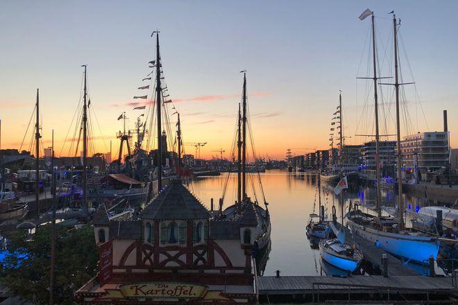 Zur Lütte Sail 2021 werden in Bremerhaven wieder viele große und kleine Segelschiffe erwartet.