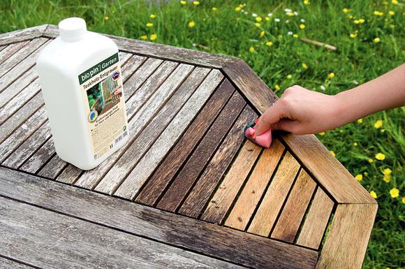 Holz Vom Grauschleier Befreien So Erhalten Gartenmöbel Farbe Und