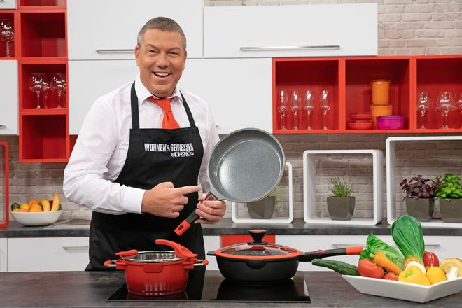 Giese zeigt in seiner Kochshow, wie mit der richtigen Ausstattung und guten Zutaten selbst komplizierte Gerichte ohne große Mühe gelingen.