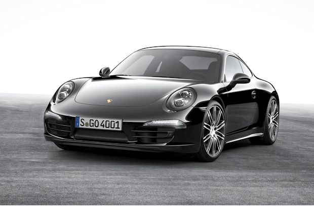 "In edlem Schwarz: Porsche 911 Carrera ""Black Edition""."