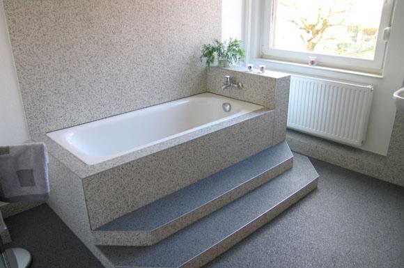 steinteppiche erm glichen eine einfache und schnelle badmodernisierung ratgeberbox tipps. Black Bedroom Furniture Sets. Home Design Ideas