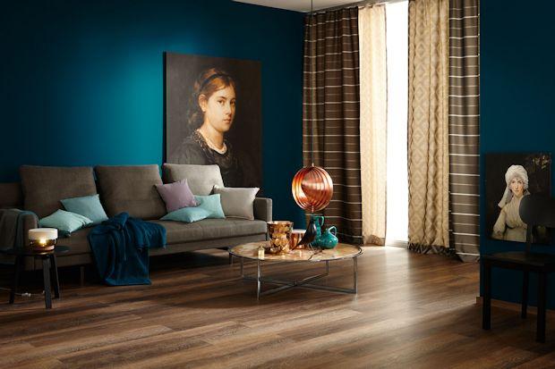 tiefes blau oder warmes korallenrot neue trendfarben f r die innengestaltung ratgeberbox. Black Bedroom Furniture Sets. Home Design Ideas