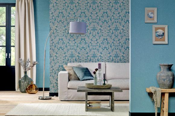 trendfarbe blau aktuelle tapeten zeigen sich abwechslungsreich detailverliebt und sch n. Black Bedroom Furniture Sets. Home Design Ideas